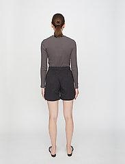 Just Female - Rancho ls tee - t-shirt & tops - pavement - 3
