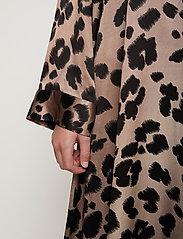 Just Female - Laguna dress - vardagsklänningar - leopard - 9