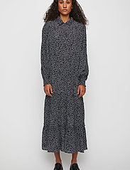 Just Female - Colombo Maxi Dress - vardagsklänningar - noise aop - 0