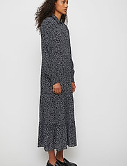Just Female - Colombo Maxi Dress - vardagsklänningar - noise aop - 3