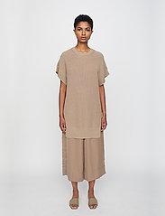 Just Female - Norm vest - tunics - taupe - 0