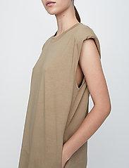 Just Female - Beijing dress - midi dresses - taupe - 5