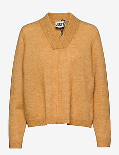 Chica knit - jumpers - spruce yellow