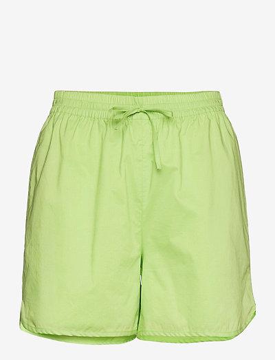 Verona shorts - chino shorts - sap green