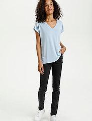 Kaffe - KAlise SS T-shirt - t-shirts - chambray blue - 3