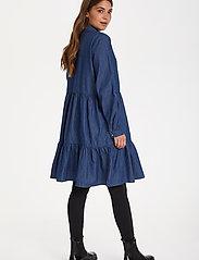 Kaffe - KAtiona Dress - blousejurken - blue denim - 4