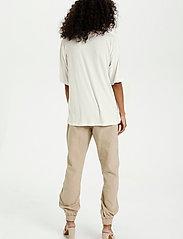 Kaffe - KAmarna SS T-Shirt - t-shirts - chalk - 4