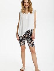 Kaffe - KAanni Jersey Shorts - cykelshorts - pink / blue multi flower - 3