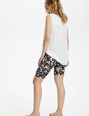 Kaffe - KAanni Jersey Shorts - cykelshorts - pink / blue multi flower - 4