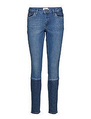 Lykka Jeans - MEDIUM BLUE DENIM