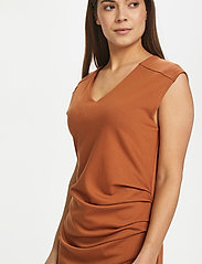 Kaffe - India V-Neck Dress - hverdagskjoler - sierra - 6