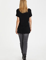 Kaffe - Anna V-Neck T-Shirt - t-shirts - black deep - 3