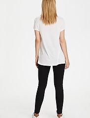 Kaffe - Anna V-Neck T-Shirt - t-shirts - optical white - 3