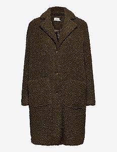 Balma Teddy Coat- MIN 4 Pcs - fake fur - grape leaf