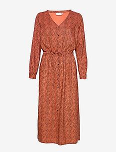 KAelaki Dress - skjortekjoler - dull orange