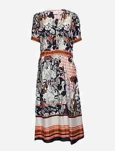 KAmelanie Dress - midi kjoler - living coral