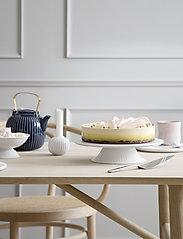 Kähler - Hammershøi Cake dish Ø30cm - kakkulautaset - white - 2