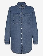 Karen By Simonsen - CailyKB Denim Shirt - jeansblouses - medium blue denim - 0
