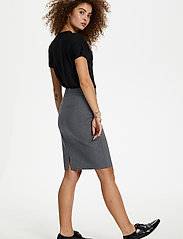 Karen By Simonsen - SydneyKB Pencil Skirt - midi kjolar - grey melange - 4