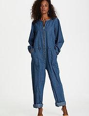 Karen By Simonsen - FigureKB Jumpsuit - jumpsuits - medium blue denim - 0