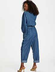Karen By Simonsen - FigureKB Jumpsuit - jumpsuits - medium blue denim - 3