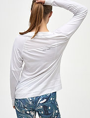 Kari Traa - LINEA LS - bluzki z długim rękawem - bwhite - 4