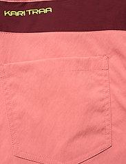 Kari Traa - SANNE SHORTS - wandel korte broek - guava - 9