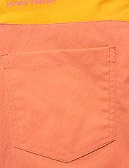 Kari Traa - SANNE SHORTS - wandel korte broek - melon - 9
