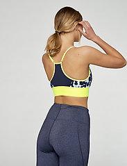 Kari Traa - VAR - sport bras: low - misty - 3