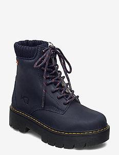 FARE - chaussures de randonnée - marin