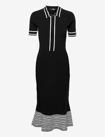 Knitted Flair Dress - cocktailkjoler - black