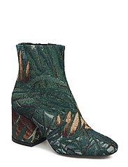 Boots Special - PINE