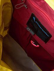 Klättermusen - Delling  Backpack 30L - sportstasker - dusty yellow - 3