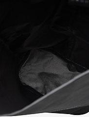 Klättermusen - Lagu Waterproof Stuff Bag 20L - sportstasker - raven - 3