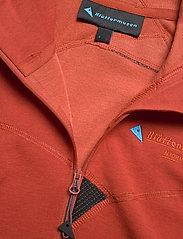 Klättermusen - Njorun 2.0 Hoodie W's - sweatshirts en hoodies - dark redwood - 2