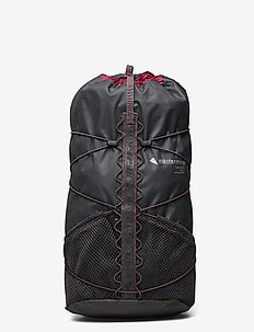 Tjalve Backpack 10L - training bags - raven