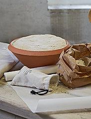 Knabstrup Keramik - Dough dish - tarjoiluastiat ja -lautaset - terracotta - 3