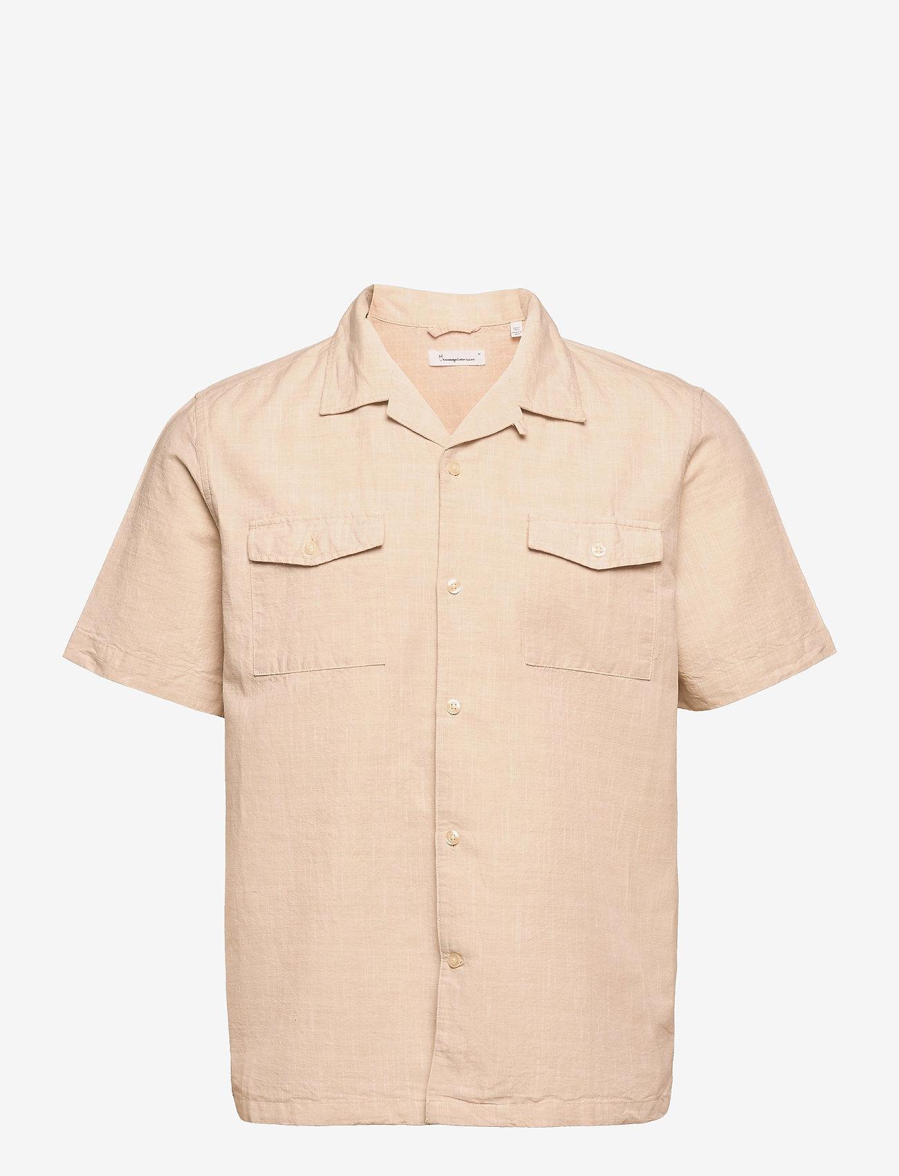 Knowledge Cotton Apparel - WAVE Cuban collar SS shirt w/chest - linnen overhemden - light feather gray - 0