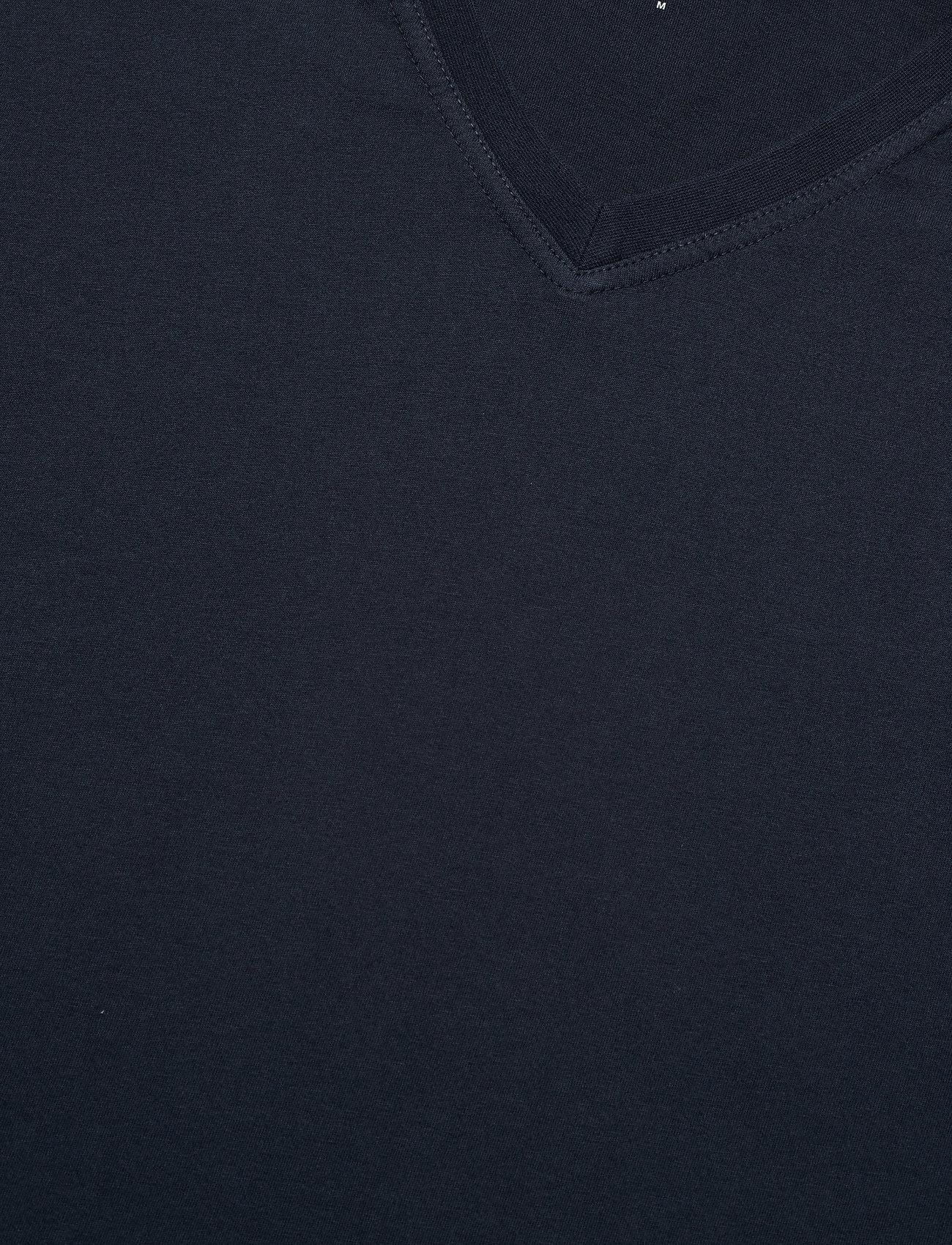 Knowledge Cotton Apparel ALDER basic v-neck tee - GOTS/Vegan - T-skjorter TOTAL ECLIPSE - Menn Klær