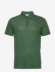 Knowledge Cotton Apparel - ROWAN linen polo - GOTS/Vegan - lyhythihaiset - pineneedle - 0
