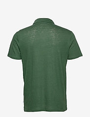 Knowledge Cotton Apparel - ROWAN linen polo - GOTS/Vegan - lyhythihaiset - pineneedle - 1