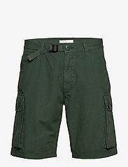 Knowledge Cotton Apparel - TREK durable rib-stop shorts - GOTS - cargo shorts - pineneedle - 0