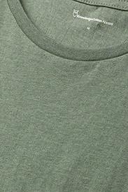 Knowledge Cotton Apparel - ALDER basic tee - GOTS/Vegan - kortärmade t-shirts - gren melange - 2
