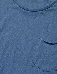 ALDER basic chest pocket tee - GOTS