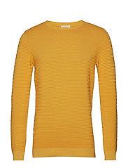 FIELD o-neck knit - BANANA