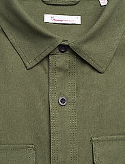 Knowledge Cotton Apparel - Long sleeve moleskin shirt - GOTS/V - podstawowe koszulki - green forest - 3