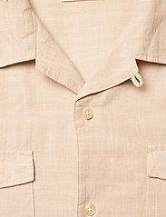 Knowledge Cotton Apparel - WAVE Cuban collar SS shirt w/chest - linnen overhemden - light feather gray - 2