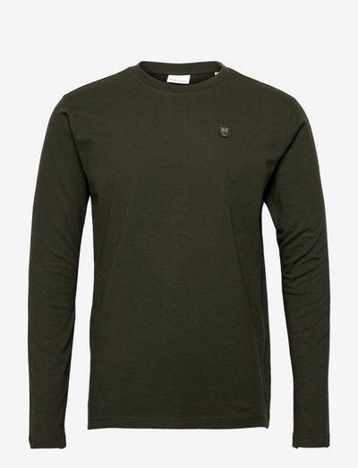 LOCUST badge long sleeve - GOTS/Veg - t-shirts basiques - forrest night