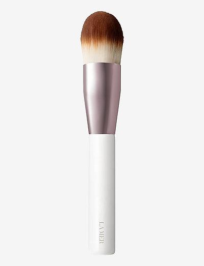 The Foundation Brush - ansiktskost - clear