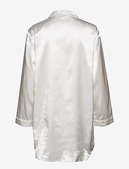 Lady Avenue - Satin Long Sleeve Nightshirt - tops - off-white - 2